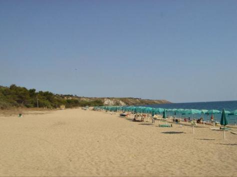 praialonga spiaggia isola capo rizzuto le castella
